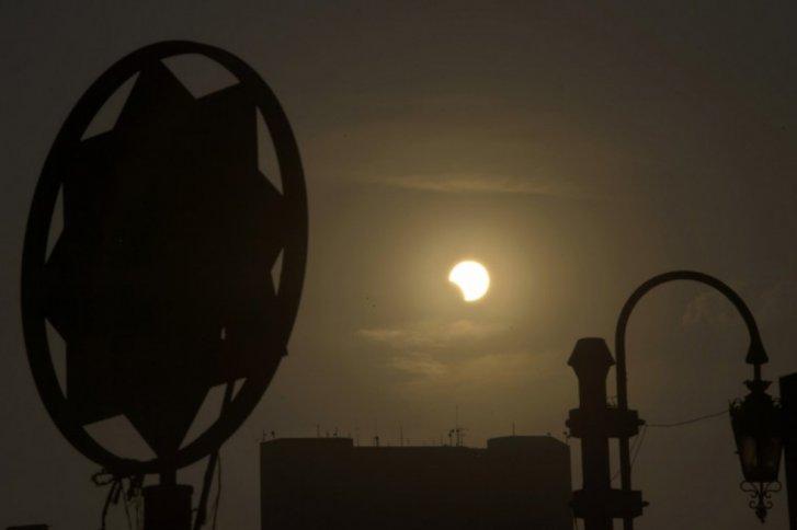 mauricio velez Eclipse híbrido fotografías